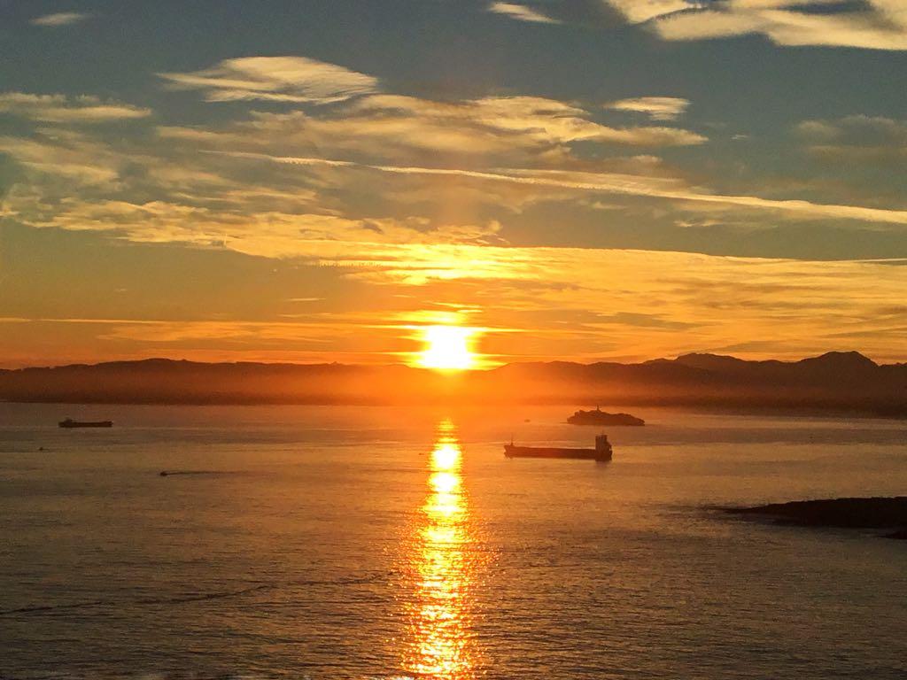 abra-sardinero-sol-amanecer