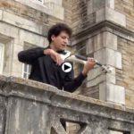Un violinista en el Palacio de la Magdalena