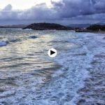 La pleamar se come la playa del Sardinero