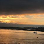 A puerto, al amanecer