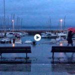 De Puertochico al Sardinero cantando bajo la lluvia