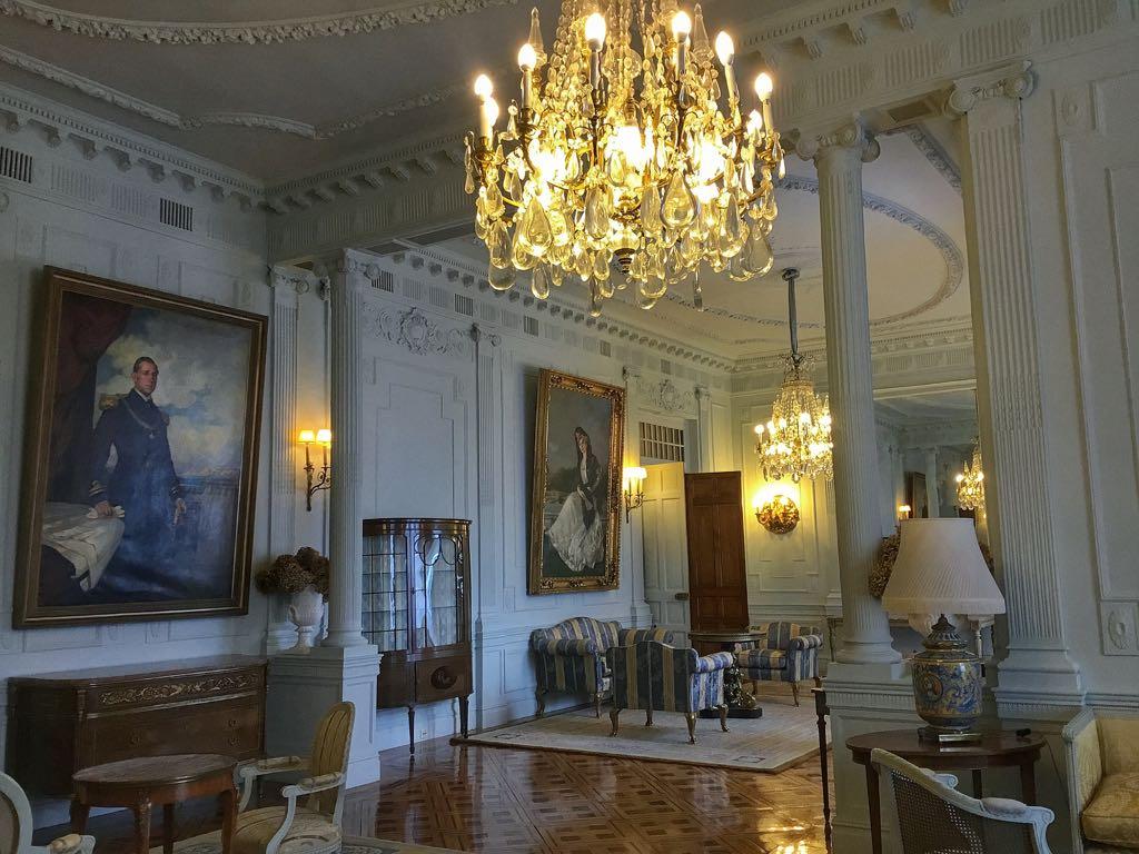 palacio-magdalena-salon-familia