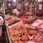 Marilí, la de mariscos Pirichi en el mercado de la Esperanza
