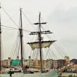 El Juan Sebastián de Elcano despliega velas en Santander