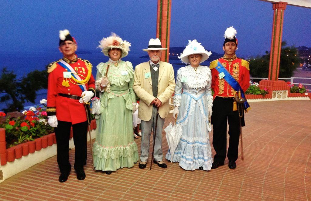 Banos De Epoca.Vestidos De Epoca En Los Banos De Ola Del Sardinero El
