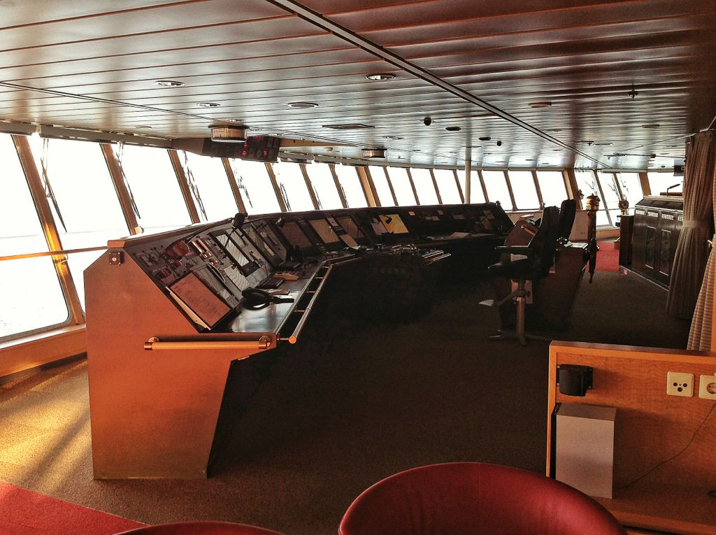 brittany-ferries-pont-aven-puesto-mando