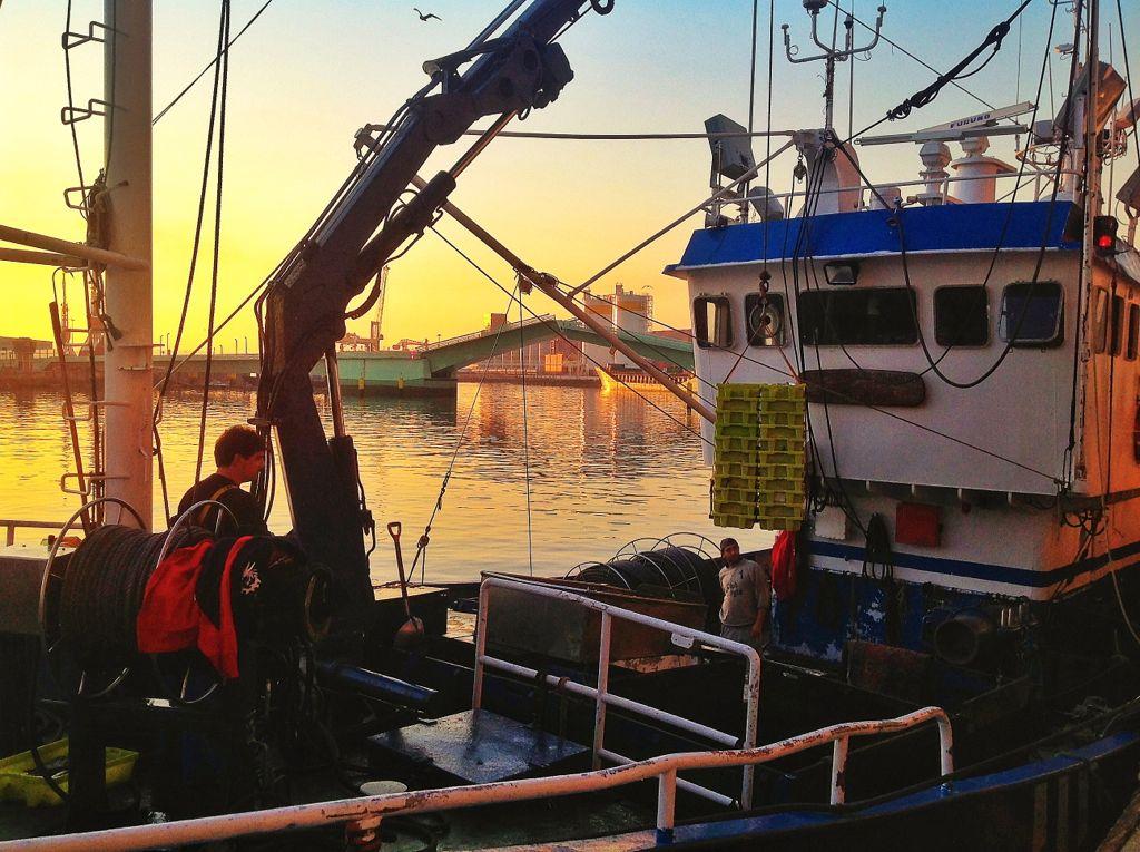 barrio-pesquero-santander-barco-detalle