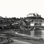 Obras de construcción del muro de la playa de Bikinis en 1914
