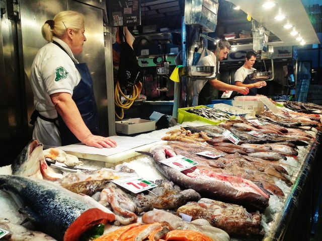 mercado-de-la-esperanza-santander-salmon