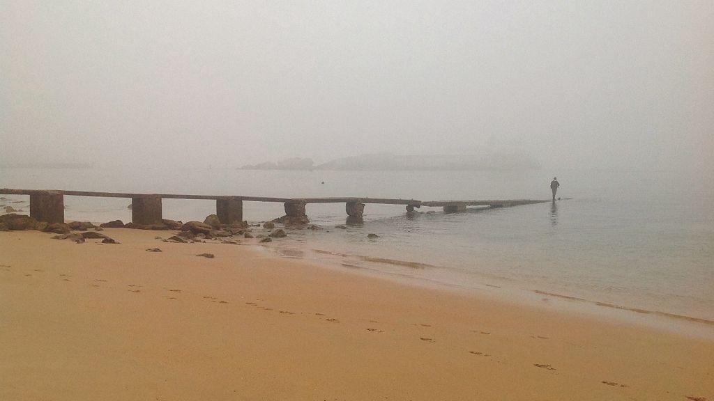 pesca-bajo-niebla