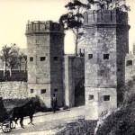 Una antigua puerta de entrada a Santander