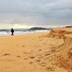 Las huellas del temporal en la arena del Sardinero