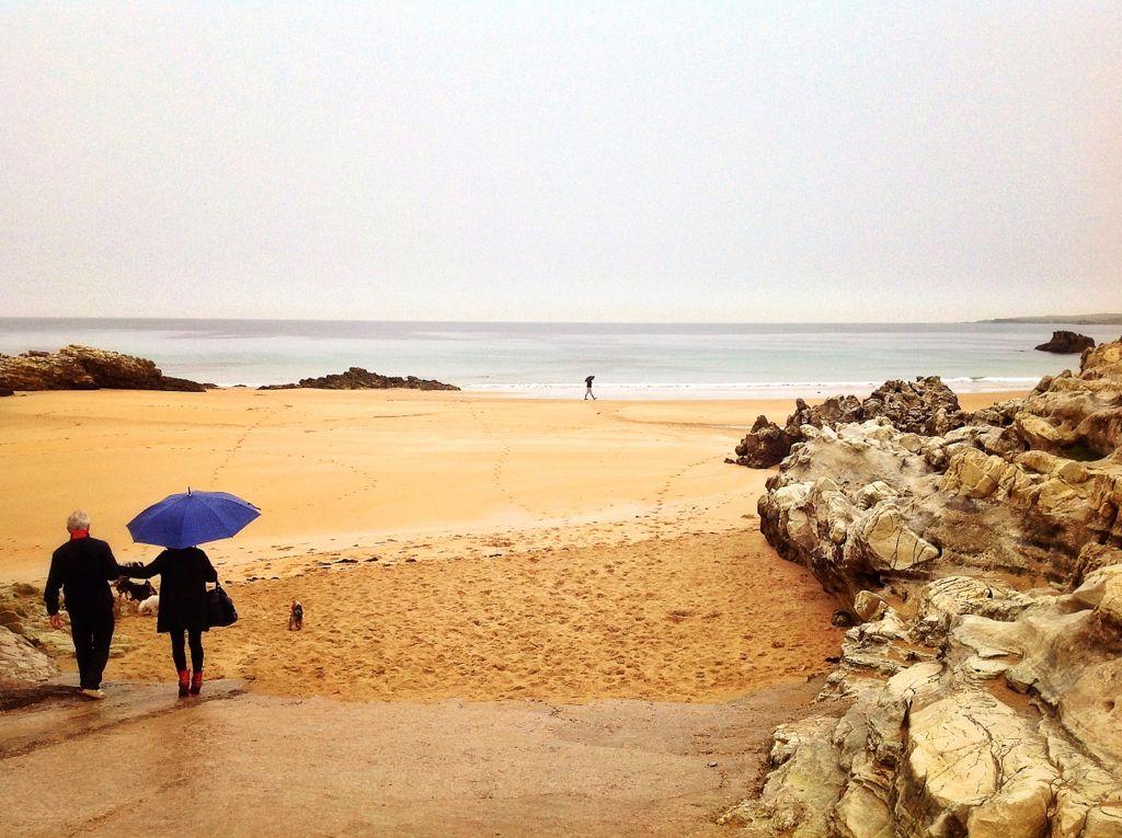 paraguas-virgen-del-mar