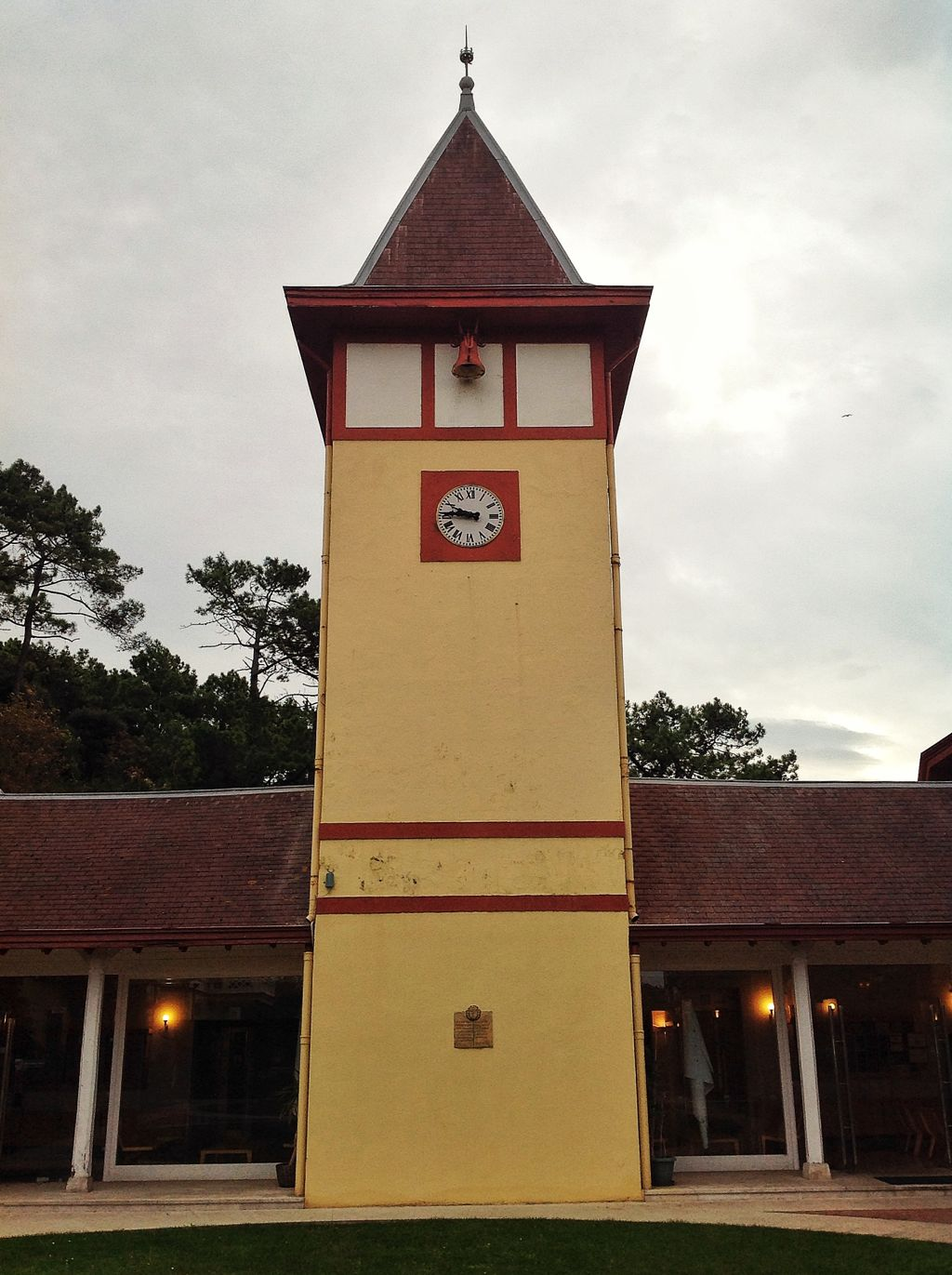 reloj-caballerizas-peninsula-magdalena-santander