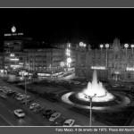 El Ayuntamiento de Santander iluminado en la Navidad de 1972