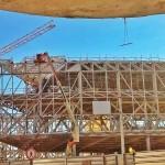 La primera pieza de la fachada del Centro Botín ya está instalada