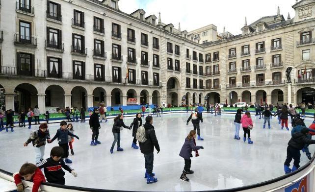 patinaje-plaza-porticada