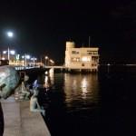 Noche de luna llena en la bahía de Santander