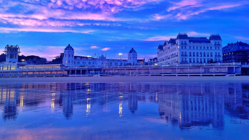 sardinero-casino-hotel-amanecer