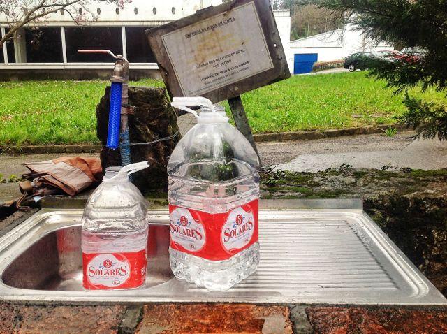 manantial-solares-botellas
