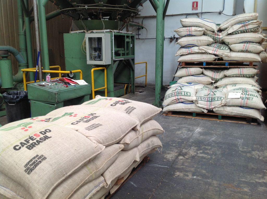 cafe-dromedario-sacos-fabrica