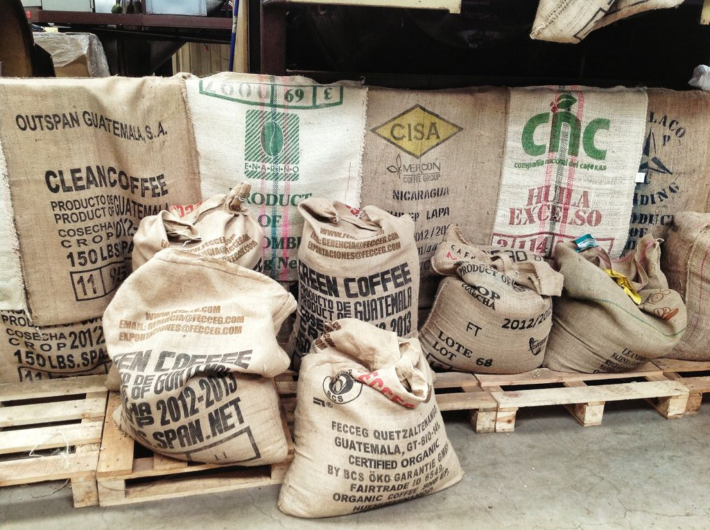 0cb409aa0 cafe-dromedario-sacos-premium | EL TOMAVISTAS DE SANTANDER