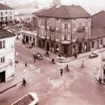Cuatro Caminos en Torrelavega cuando el guardia dirigía el tráfico
