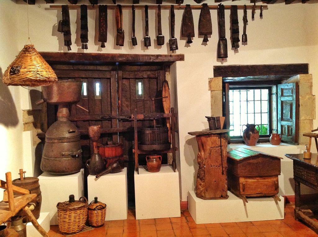museo-etnografico-cantabria-campanos
