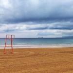 Los socorristas de la playa llegan mañana a sus puestos de vigilancia