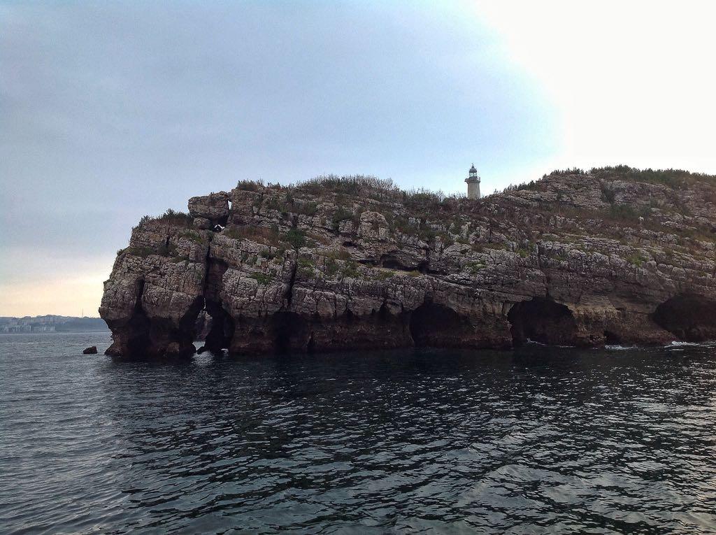 isla-mouro-faro-detalle-santander