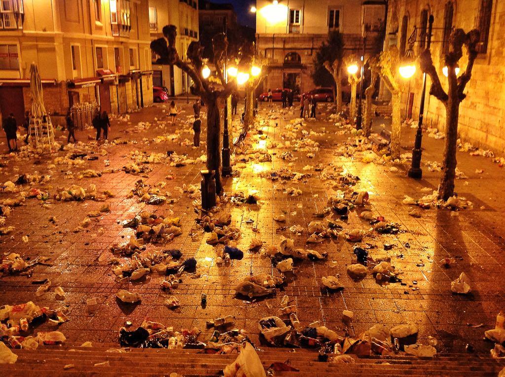 restos-batalla-nochevieja-cañadio-2014