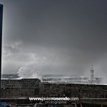 El puerto de Comillas zarandeado por el temporal
