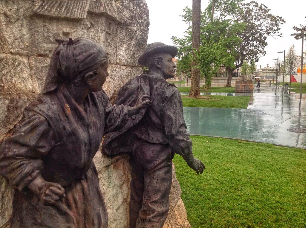 monumento-pereda-pareja