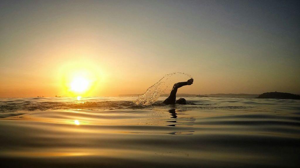 nadar-sardinero-luis-angel-serrano