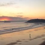 El privilegio de ver amanecer con el Sardinero para ti solo