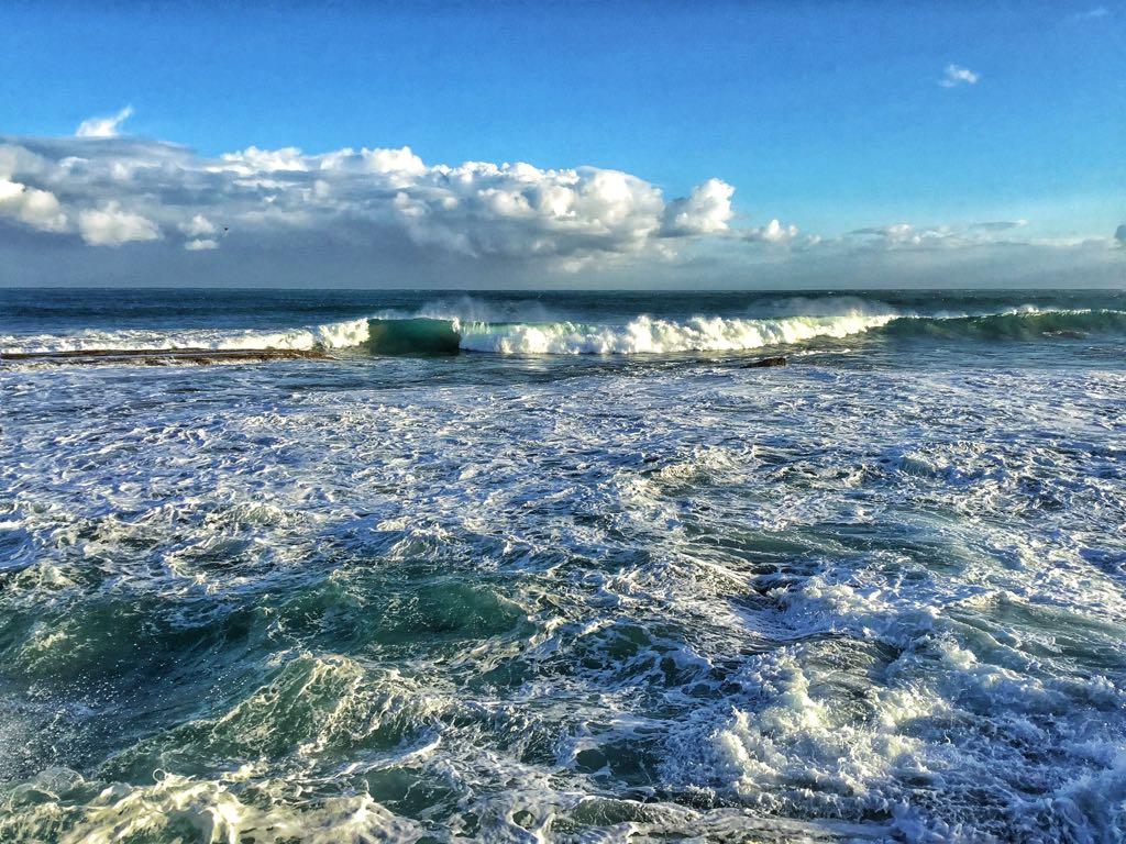 ola-luz-sardinero