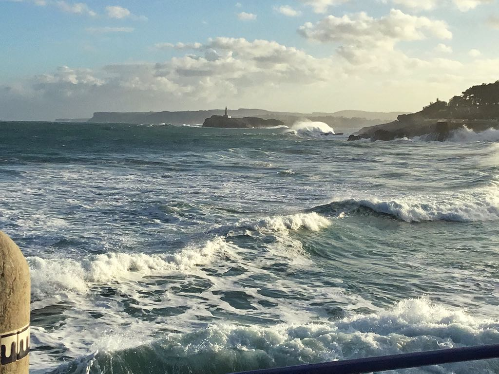 olas-luz-sardinero