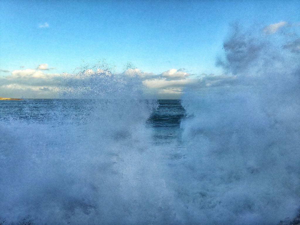 pared-agua-sardinero