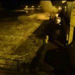 Así fue la pleamar en la Primera del Sardinero. El agua entrando a borbotones en el BNS
