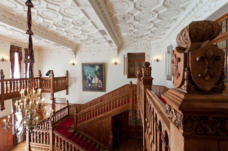 palacio-magdalena-hall-real-escalera