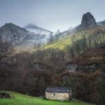 Por San Roque de Riomiera. ¡Qué bonita es Cantabria!