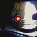Remamos hasta la cueva del faro del Caballo en Santoña