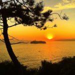 Escena marinera en un amanecer santanderino