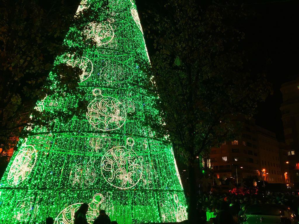arbol-navidad-ayuntamiento-santander