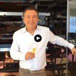 Un brindis con Roberto Brasero por el Nuevo Año