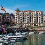 ¿Te imaginas viviendo en uno de los edificios más señoriales de Santander?