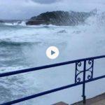 Acercarse al Camello a ver las olas del temporal y sentir la fuerza del viento