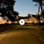 Ver amanecer entre el palacio y la isla de Mouro