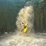 Hacer kayak con la crecida de los ríos cántabros