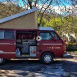 Nos vamos con Wagon On The Road a recorrer las cabañas pasiegas sobre el río Pisueña
